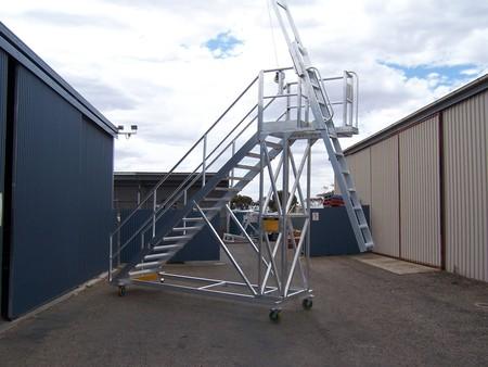 Aluminium access tower