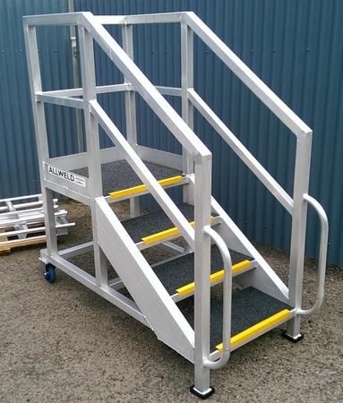 Portable access stair